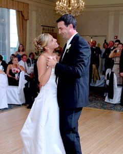 Bride and groom first dance - Flip-it! double-lighting gallery example