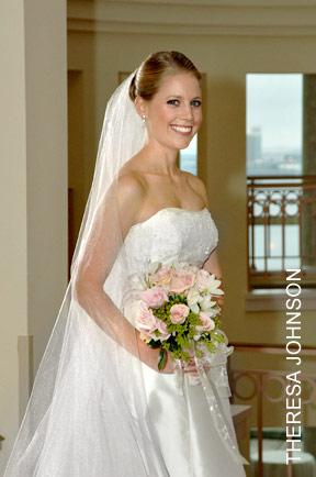 Theresa Johnson bridal portrait